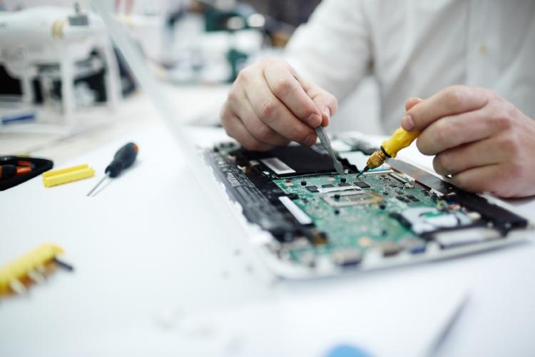 ساخت برد الکترونیکی